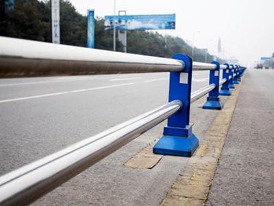北京防撞护栏