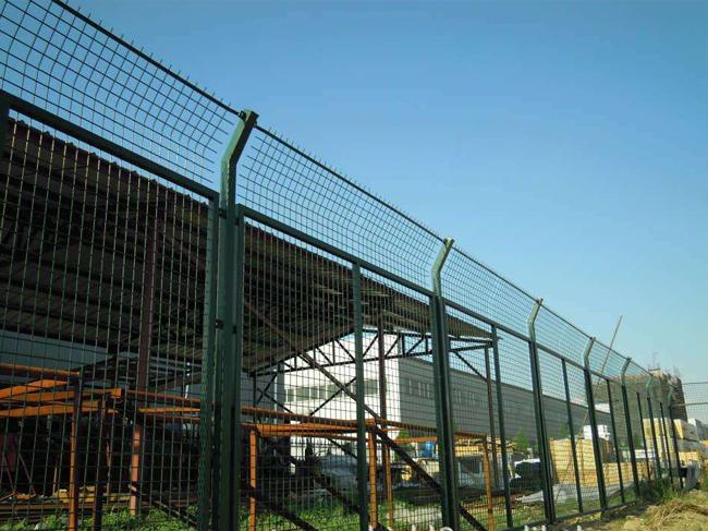 江苏工厂护栏网案例