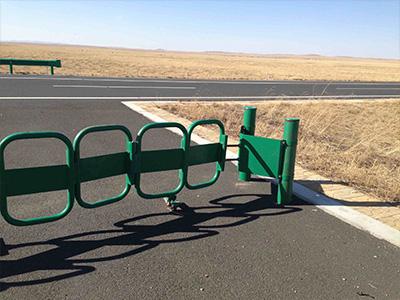 折叠式护栏