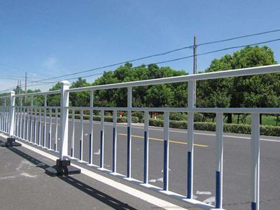 北京锌钢道路护栏