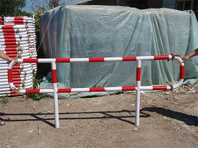 插拔式活动护栏