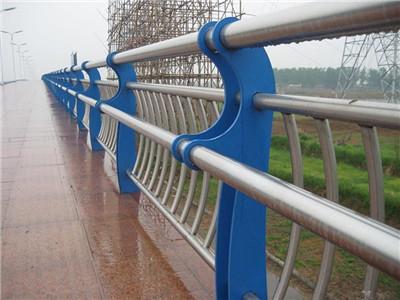 城市快速路隔音屏(含防护栏)安装工程