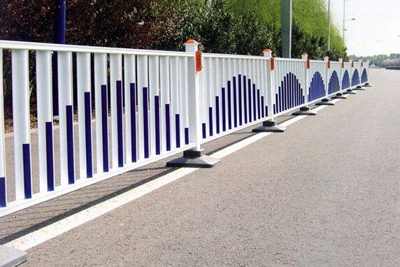 彭泽县公安局交通警察大队城区中心护栏、标示牌、标线采购及安装项目护栏产品