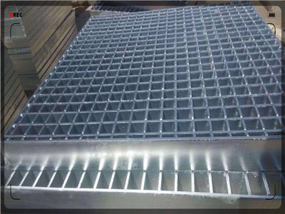我公司顺利中标上海宝冶集团马来西亚钢格板项目  供货中