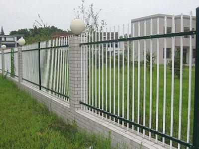 镀锌钢护栏